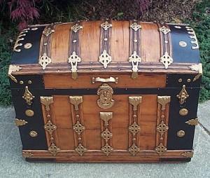 trunk hardware